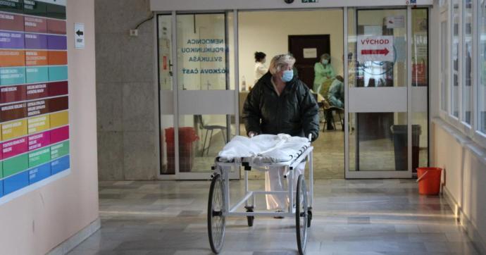Fény az alagút végén: felére csökkent a galántai Covid kórházban ápoltak száma