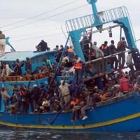 Migránsokat dobtak vízbe az olasz partoknál