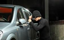 Így lopják el hat másodperc alatt a modern gépkocsikat (videó)