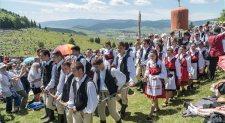"""Románia ismét """"keresztbe tett"""" a csíksomlyói búcsúnak"""