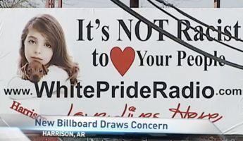 Ku-Klux-Klan-plakát borzolja a kedélyeket