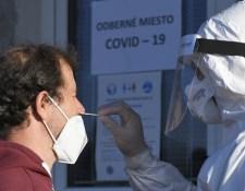 Több mint ezer új fertőzöttet azonosítottak szombaton Szlovákiában