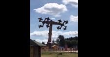 Repülő horogkeresztek lettek a német vidámparki játékból
