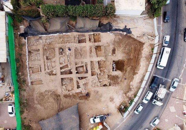 Háromezer-négyszáz éves erődre bukkantak Izraelben