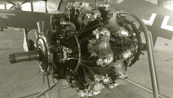 A BMW 801 motor D-2 verziójának és a Focke-Wulf 190-esnek az egyes technikai jellemzői