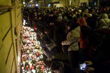 Elmeorvosi vizsgálatra küldte az aljas biztosító a veronai buszbaleset áldozatainak gyászoló hozzátartozóit