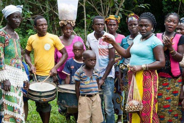 Ismeretlen emberelőd génjeit hordozhatja négy embercsoport Nyugat-Afrikában