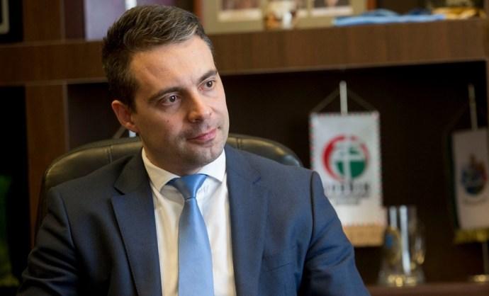 """Vona a Die Pressének: """"Én vagyok a magyar demokrácia utolsó bástyája"""""""