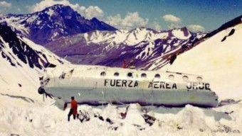 Kannibalizmusra kényszerült a hegyek fogságában az uruguayi rögbicsapat