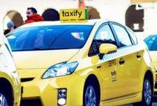 Jön! Így csalnak a Taxify-autókat üzemeltető cégek