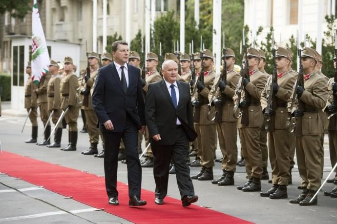 Katonai együttműködést kötöttünk Lettországgal