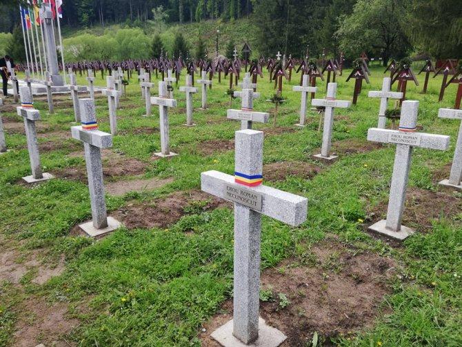 Magyar, román, német és orosz szakértõk tájékozódtak az úzvölgyi temetõben