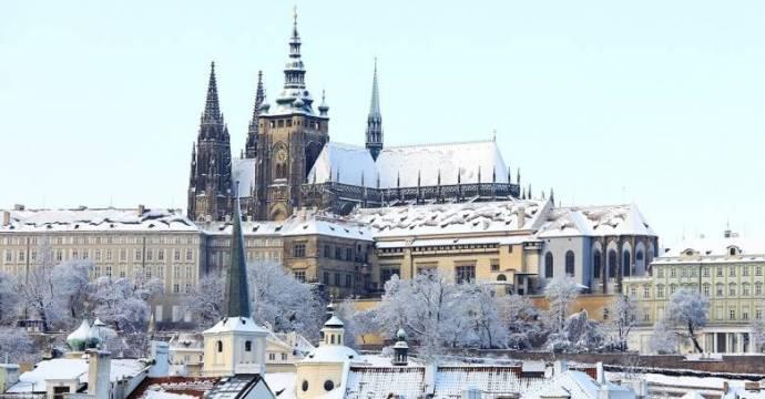 Büntetést kapott Csehországban hat, engedély nélkül működő külföldi egyetem