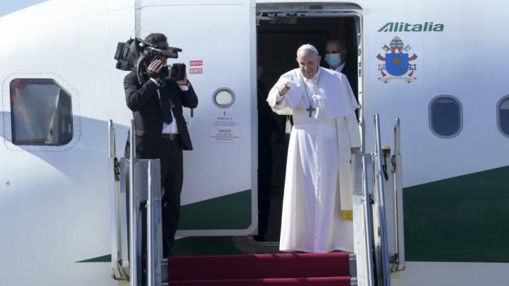 Ferenc pápa búcsúzáskor is tréfálkozott egy sort Budapesten