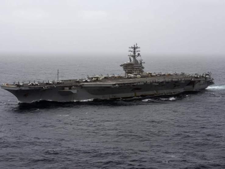London cáfolja, hogy Oroszország figyelmeztető lövéseket adott le egy brit hadihajó felé