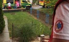 Hasfájás miatt hívta ki a mentőket, vizsgálat közben megszült