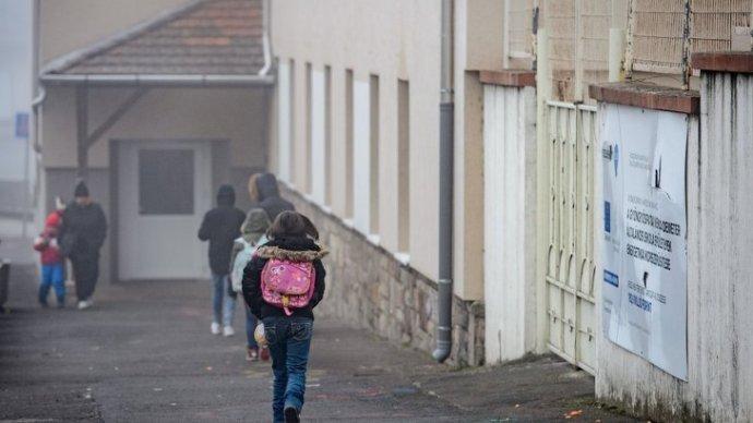 Gyöngyöspata: iskolába is mehessenek a fiatalok