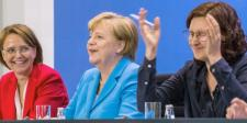 Új német integrációs akcióterv készül, Seehofer távol maradt