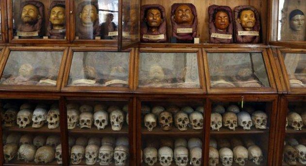 Az arcfelismerő rendszerekkel kapcsolatos aggodalmakat a kriminalisztika sötét múltja indokolja