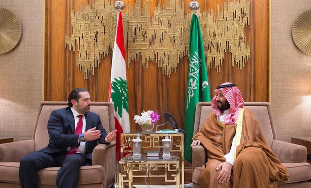 Libanon elnöke szerint túszul ejtették Rijádban a szaúdi kottából nyilatkozó kormányfőjüket