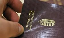 Magyarul sem tudtak, pénzért mégis megkapták az állampolgárságot
