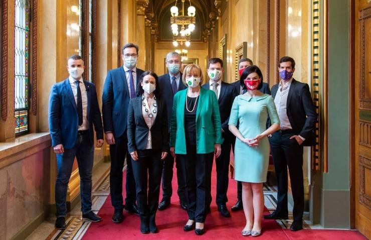 Az Alkotmánybírósághoz fordul az ellenzék az elégtelen klímatörvény miatt