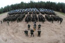 A NATO az orosz határ melletti európai országok népének életét teszi kockára