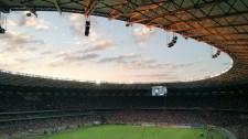 Vad szurkolás az üres futballstadionokból