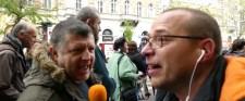 Tüntetők kérték! – Bauer Tamás, Niedermüller és a fehér sapkások