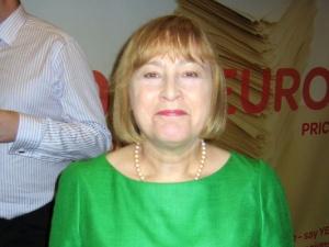 Brit szocialista EP-képviselő: nem szabad hibáztatni a menekülteket a molesztálásokért, Morvai rasszista!