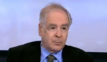 Schöpflin: Az USA tudatos stratégiát alkalmaz ellenünk