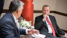 Erdogan megköszönte Orbánnak, hogy kiálltak a szíriai támadás mellett