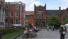 Nagy-Britanniában a terrorizmus gyanújával orosz egyetemistákat vettek őrizetbe