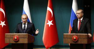 """Erdogan: a nyugati országok """"megőrültek"""" az orosz-török védelmi megállapodás miatt"""