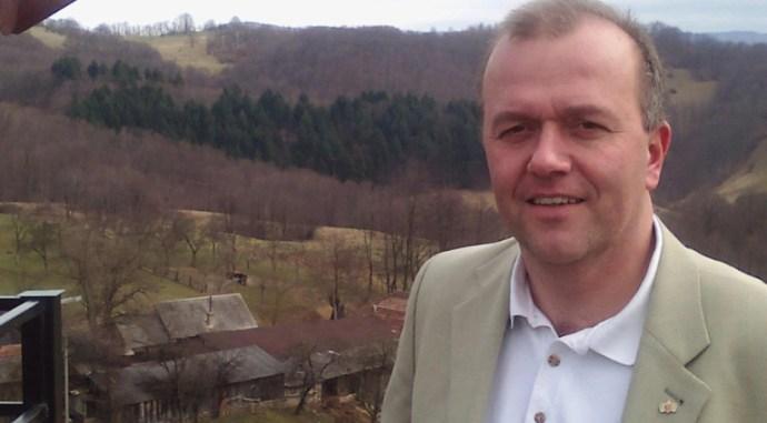 Nemzetépítő kormány alakult- a Jobbik mélyrepülése folytatódik