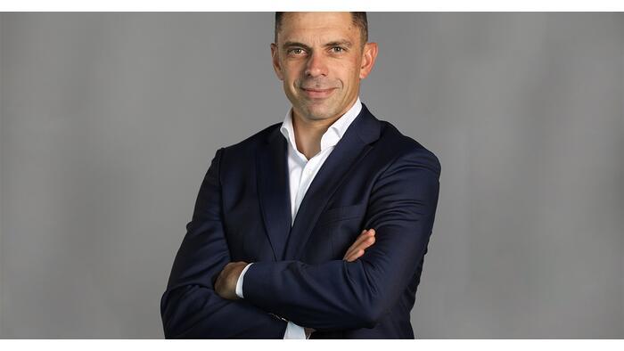 Bocsánatkérésre szólították fel Románia sportminiszterét