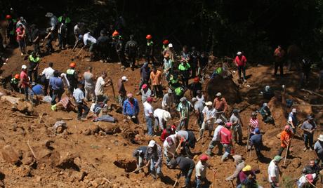 Földcsuszamlások az USA-ban: az áldozatokról és a pusztitásról