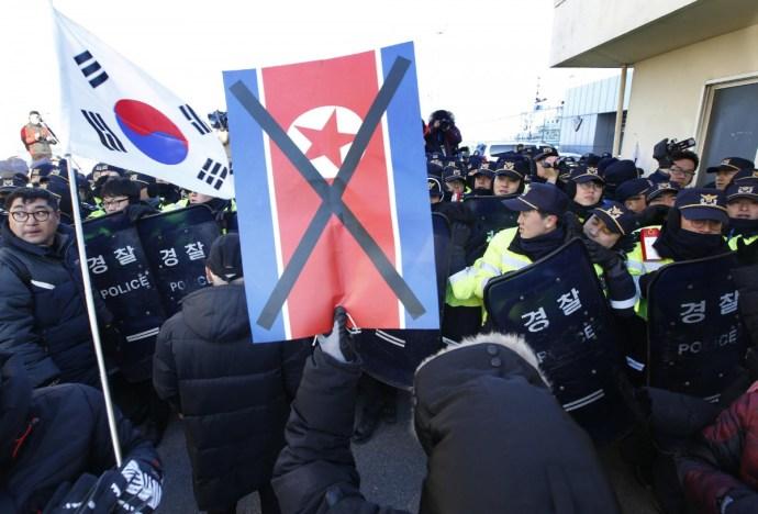 Észak-Korea a svédasztalnál