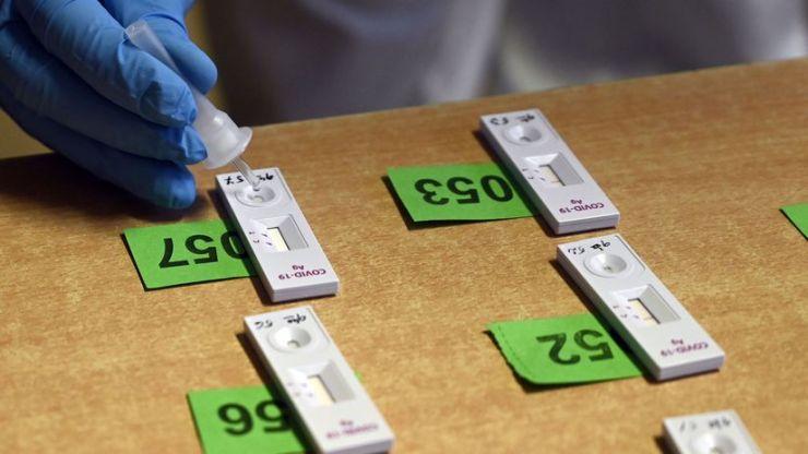 Az antigénalapú tesztekért öt eurót kell majd fizetni