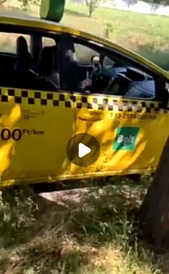 Az autójában maszturbált egy budapesti taxis – így rohad le morálisan a személyszállítás a fővárosban
