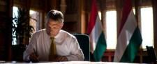 Orbán mögött hatalmas egységgel sorakozik fel a lakosság