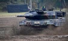 Ellentételezés nélkül vett tankokat a kormány
