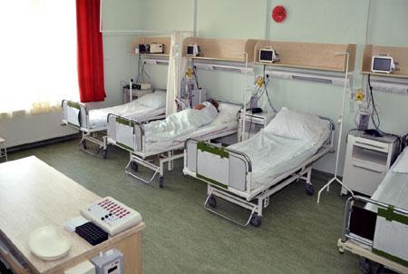 69 éves beteg késelt meg egy miskolci ápolónőt