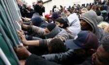 """Hajrá Kaczynski: Merkel engedte be a """"menekülteket"""", viselje a következményeket!"""