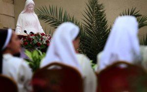 Megtagadták az Iszlám Állam által kiűzött iraki apáca vízumkérelmet az Egyesült Királyságba