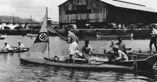 A kalandor, aki horogkeresztes zászló alatt kajakozott el Németországból Ausztráliába
