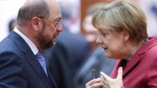Belülről akarják megfúrni a német nagykoalíciót