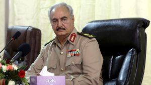 Líbia új Kadhafiának nincs ideje a demokráciára