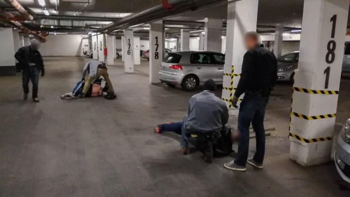 Harmincmilliós drogfogás a fővárosban  – a luxusautót is vitték a rendőrök