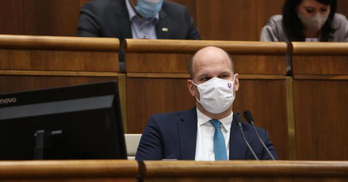Grendel Gábor szerint reális, hogy az OĽaNO magyar szekciót hozzon létre, de egy parlamenti magyar pártnak jobban örülne – PODCAST